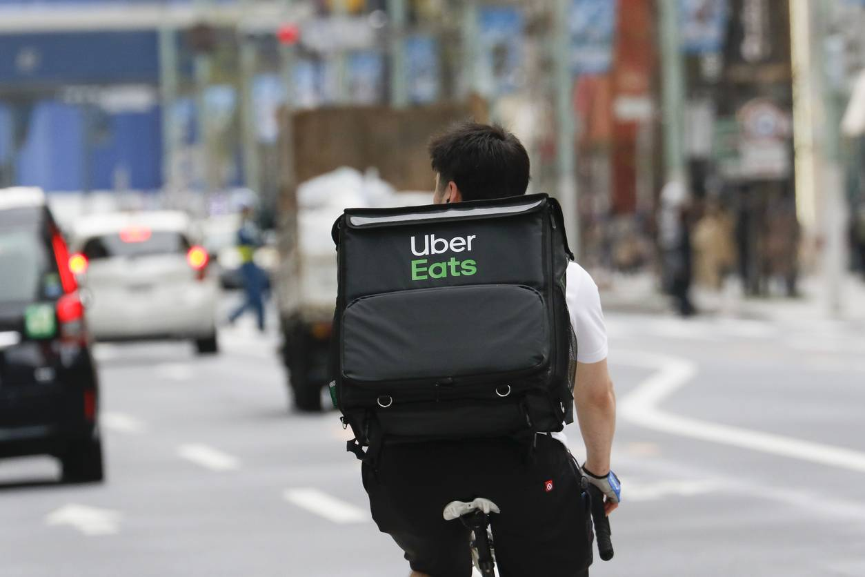 media-coursier-devenir-comment-uber-eats