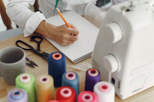 Les bonnes pratiques pour décrocher un emploi dans le textile